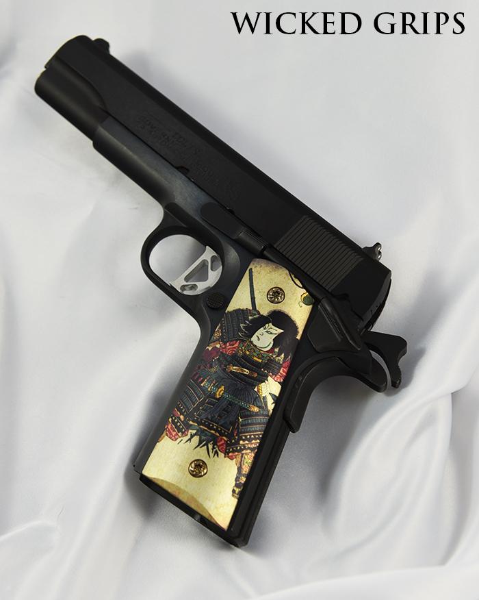 CUSTOM 1911 GRIPS SAMURAI