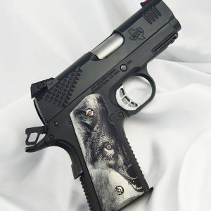 CUSTOM 1911 OFFICERS COMPACT PISTOL GRIPS WOLF